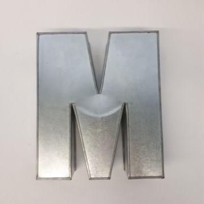 Miet-Backform  Buchstabe M