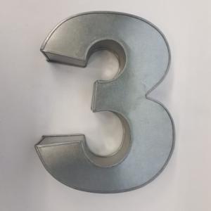 Miet-Zahlenbackform Riesen Ziffer 3 - 35cm