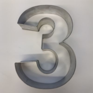 Miet-Zahlenbackrahmen Riesen Ziffer 3 - 35cm