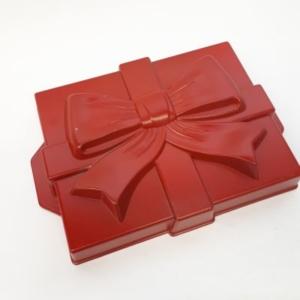 Backform Geschenk mit Schleife rot